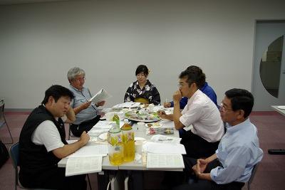 Hテーブル歓談.jpg